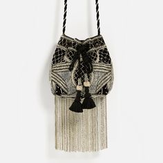 ZARA - WOMAN - BEADED BUCKET BAG (22x28x5)
