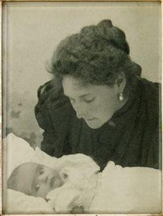 Alexandra with Baby Maria, 1899