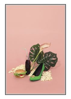 kitsch-nitsch.com Fashion Still life   #Still life #Fashion photography #collage #assemblage