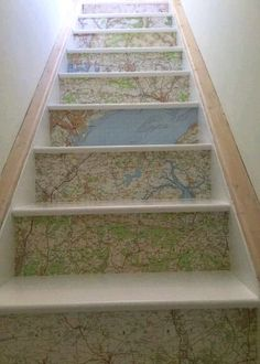 Things you can make with old maps. DIY ideas for old maps. Creative ways to use old maps in crafts and art. Wallpaper Stairs, Map Wallpaper, Foyers, Painted Stair Risers, Map Crafts, Map Painting, Stair Storage, Staircase Storage, Floating Stairs