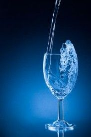 Drink recipe for the Blue Russian cocktail, which is definitely one of the lesser known Russians. It uses Blue Curacao for the blue color. Blue Drinks, Mixed Drinks, Liquid Vitamins, Cream Liqueur, Blue Curacao, Recipe Mix, Looks Yummy, Light Cream, Yummy Drinks