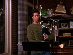 Ross's playing the bagpipes - UNCUT - Friends s07e15 - YouTube