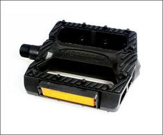 Cannondale 916 Mtb Plastic Platform Pedals * Click on the image for additional details.