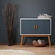 Vintage Retro Side Board Wooden Cabinet Wood Mid Century Modern Hallway Storage #VintageRetroSideBoard #VintageRetroModern