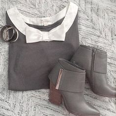"""Gray top with collar bow embellishment ➖SIZE: small (see measurements) ➖STYLE: gray top with a satin collar bow embellishment. This top has been worn a few times but is in great like new condition   ➖MEASUREMENTS :    ➖LENGTH: 24""""    ➖BUST: 15"""" Forever 21 Tops Blouses"""