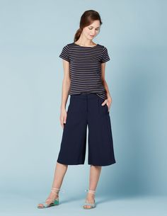 Curzon Culotte WJ046 Shorts at Boden