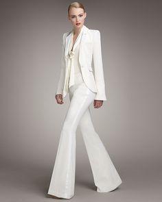 Tailleur-pantalon flare en crêpe ivoire, Rachel Zoe.