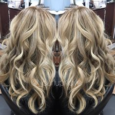 Hairpainting balayage blonde highlights beach waves