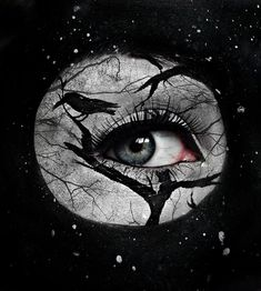 Impressive and Striking Halloween Makeup Art by Kiki | DeMilked