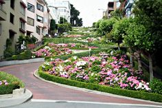 LOMBARD STREET, SAN FRANCISCO AMERICA | See More in Real WoWz