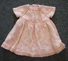 Tutoriais: Vestido de menina em tricot do site www.straw.com