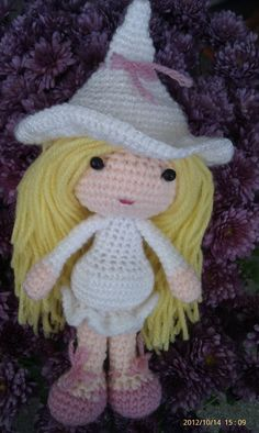 Glinda the Good witch crochet doll by ThePeachPumpkin on Etsy, £16.50