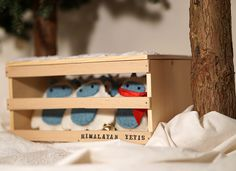 Yeti ornament set with wooden crate