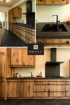 Zeer goed gelukte eiken keuken gemaakt van oud eiken vloerdelen. De robuuste oud eiken vloerdelen hebben wij licht geschaafd. Verder diverse apparaten en natuurlijke onze speciale grepen die zeer goed bij deze keuken passen. #eiken #keuken #keukens #eikenkeuken #eikenkeukens #restylexl #hout #houten #oudhout Industrial Kitchen Design, Industrial House, Bathroom Interior, Kitchen Interior, Modern Rustic Decor, Rustic Wood, Custom Kitchen Cabinets, Cuisines Design, Diy Kitchen