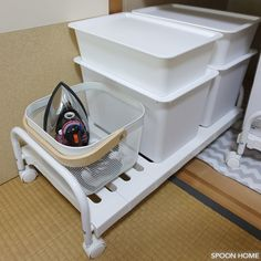 ニトリの押入れ収納キャリーのブログ画像 Drawer Shelves, Cabinet Drawers, Home Organization Hacks, Interior, Room, Closet, Home Decor, Home, Organization