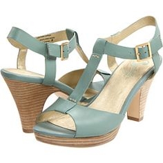 Love these robin egg blue T-straps from Seychelles