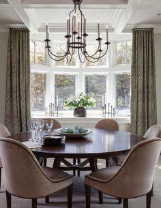 dining room | Plum Interiors