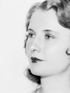 A young, Barbara Stanwyck, 1930s Beautiful!