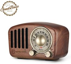 The vintage radio speaker has a nostalgic appearance, blending modern technology with retro classic aesthetics which makes you feel the passion of the old days. #affiliatelink Speaker Bluetooth, Retro Radios, Vintage Office, Vintage Decor, Audio Player, 98, Gifts For Teens, Classic Style, Connection