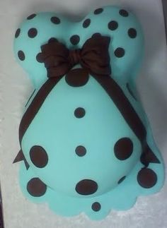 """Omg when I have my fourth baby I so want this to be my babyshower cake!!! Lol.... The key word is """"when"""" With an if in there !! Ahhh... ;)"""
