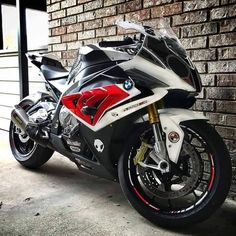 This thing is perfect! Espeially if it's the carbon model! I'm going to stare at the pic for awhile and fuck yes I will ride! Suzuki Motorcycle, Moto Bike, Ducati, Bmw 1000rr, Bmw Sport, Dirtbikes, Super Bikes, Street Bikes, Bmw Cars