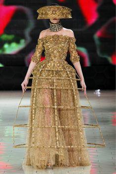 alexander mcqueen Couture   Paris Fashion Week  Alexander McQueen Spring/Summer 2013!