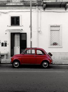 Fiat 500 rosso fiammante Lecce Puglia    #TuscanyAgriturismoGiratola