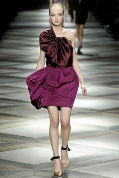 Lanvin Spring 2009 Ready-to-Wear Fashion Show - Siri Tollerød