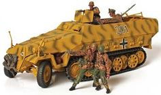 UNX81019 - 1/32 Forces of Valor German Sd.Kfz 251/1 Hanomag. 1/32 Forces of Valor German Sd.Kfz 251/1 Hanomag