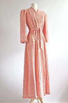 Vintage 1930s Chenille Robe ~ 30s Rose Blush Chenille Bathrobe ~ Vintage 30s Art Deco Robe by xtabayvintage on Etsy
