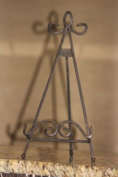 Wrought Iron Decorative Easel Plate Stand 14.25 by MREdesignsLLC $11.00 & PLATE STAND by phpottery on Etsy | Plate Easels | Pinterest | Plate ...