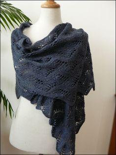 meandering_vines_shawl
