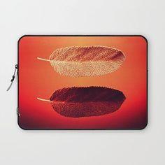 https://t.co/DApPGaKmvj @society6 #society6 #society6art #laptop #laptopsleeve #sleeve #instasleeve #leavesdesign https://t.co/OocGbWczOF