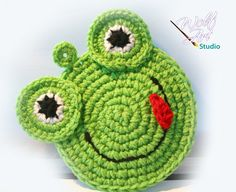 Crochet Green Frog Potholder by WolfArtStudio on Etsy, $13.00