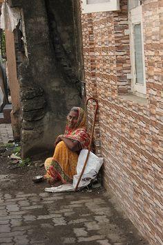 The New Beggar Lady of Boran Road