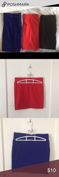 Forever 21 pencil skirts Black and blue waist bands aligned differently. Red is small. Black is small. Blue is medium. Forever 21 Skirts Pencil