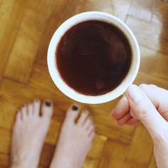 Nowy dzień, nowe wyzwania! Dzień dobry ☕️ Kto wstaje razem ze mną, ranne ptaszki?  #dziendobry #coffee #goodmorning #coffeelover #mylife #wnetrza #lifestyle #kawa
