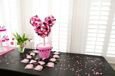 Mickey & Minnie Mouse party Birthday Party Ideas | Photo 1 of 24 | Catch My Party