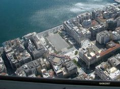 Aristotelous Sq Thessaloniki capital of the Macedonian region of northern Greece from above Around The World In 80 Days, Around The Worlds, City Break, Pilgrimage, Art And Architecture, Vacation Spots, Cool Places To Visit, Airplane View, Paris Skyline