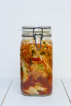 Selbsteingelegtes koreanisches Kimchi - Step by Step Anleitung wie man den koreanischen Kohl selber einmacht mit vielen Bildern und ausführlicher Beschreibung.