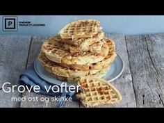 Litt sunnere, grove vafler (med ost og skinke) - Mat På Bordet Frisk, Allergies, Waffles, Food And Drink, Gluten, Make It Yourself, Baking, Breakfast, Cold