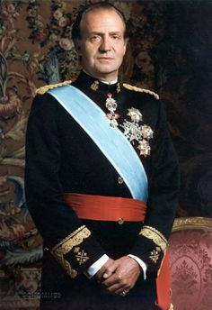 King Juan Carlos of Spain has undergone hip replacement surgery following a fall on a private trip to Botswana, the Royal Palace has said.      Read more: http://www.bellenews.com/2012/04/14/world/europe-news/king-juan-carlos-of-spain-hospitalized-for-hip-replacement-surgery-following-a-fall/#ixzz1s1HjkXR9