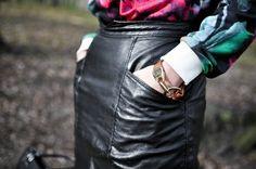 Stylizacja szpilki Bershka, bransoletka By Dziubeka, torebka Second Hand, spódnica Po mamie :), bluza Yups!