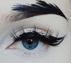 Delineados que tus ojos quieren tener este Halloween Eye make-up that is like a work of art x Makeup Inspo, Makeup Inspiration, Makeup Tips, Hair Makeup, Makeup Ideas, Makeup Eyebrows, Makeup Eyeshadow, Eyeshadow Palette, Black Eyebrows