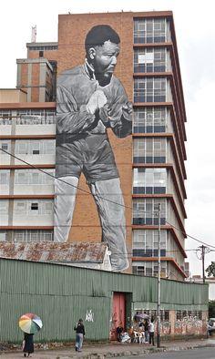 Juxtapoz Magazine - Freddy Sam paints massive Nelson Mandela tribute in johannesburg
