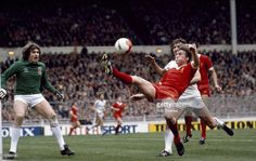 March 1981, League Cup Final at Wembley, Liverpool 1 v West Ham United 1 a,e,t, Liverpool's Kenny Dalglish stretches for the ball watched by West Ham United goalkeeper Phil Parkes, left
