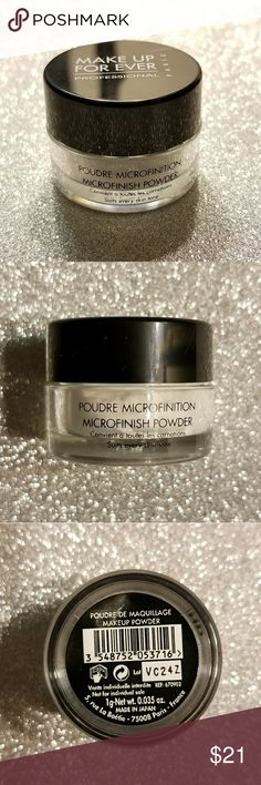 BRAND NEW Makeup Forever HD Microfinish Powder Never been used before! In perfect condition! An award-winning finishing powder that's ultra-blurring and light-diffusing to create unfiltered perfection for all skintones—in every light. No trades please! Makeup Forever Makeup Face Powder