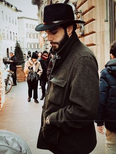 Nothing like a good walk after the big meals during Christmas holidays. Big Meals, Cowboy Hats, Christmas Holidays, My Style, Fashion, Christmas Vacation, Moda, Fashion Styles, Fashion Illustrations