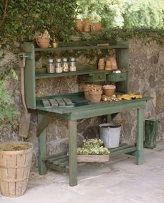 Create a Unique Place to Grow With These Free Potting Bench Plans Garden Bench Outdoor Potting Bench: Plan and Instructions Vegetable Ga. Outdoor Potting Bench, Potting Bench Plans, Potting Tables, Potting Sheds, Outdoor Storage, Rustic Potting Benches, Outdoor Benches, Potting Soil, Station D'empotage