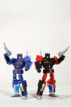Transformers Masterpiece MP-16 Frenzy and MP-15 Rumble